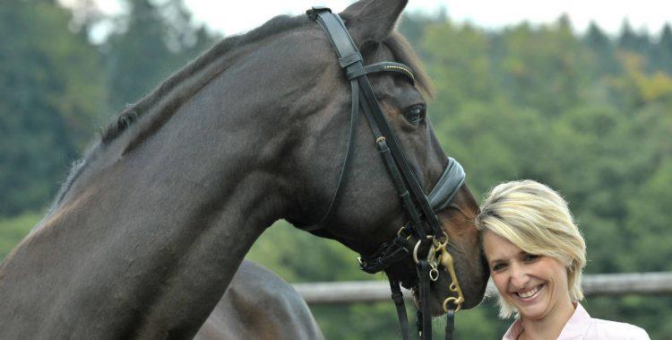 nadine mit pferd